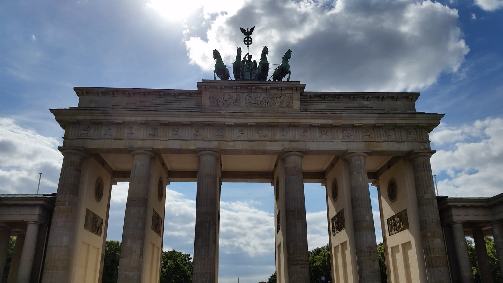 The Brandenburger Tor (Brandenburg Gate) in all her glory.